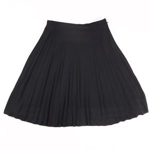 French Connection | Accordion Black Skirt